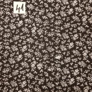 41 tissus lingettes fleurs fd noir 41