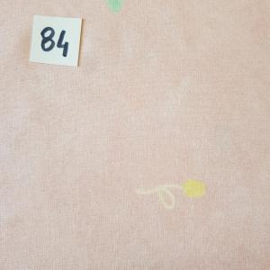 84 tissus rose 84