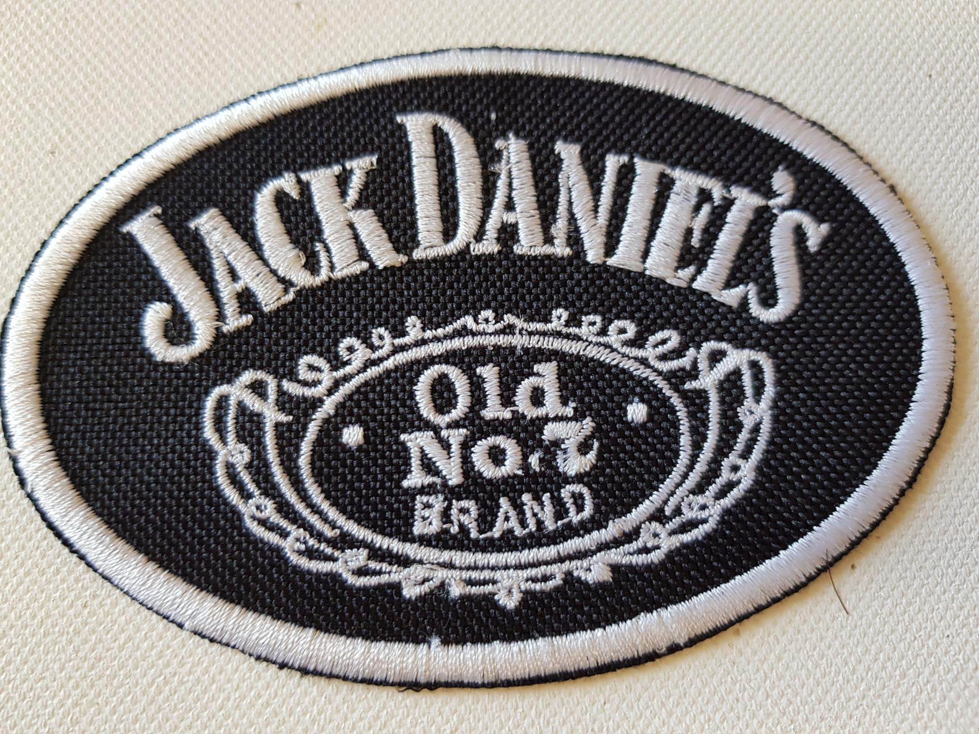 Ecusson jack daniel ovale petit