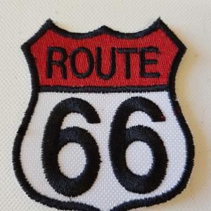 Ecusson route 66 rouge blanc petit