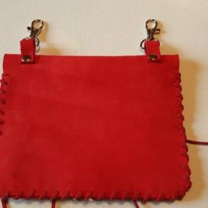 Pochette cuir rouge 5 recto