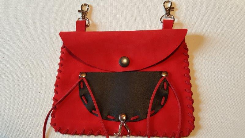 Pochette cuir rouge 5